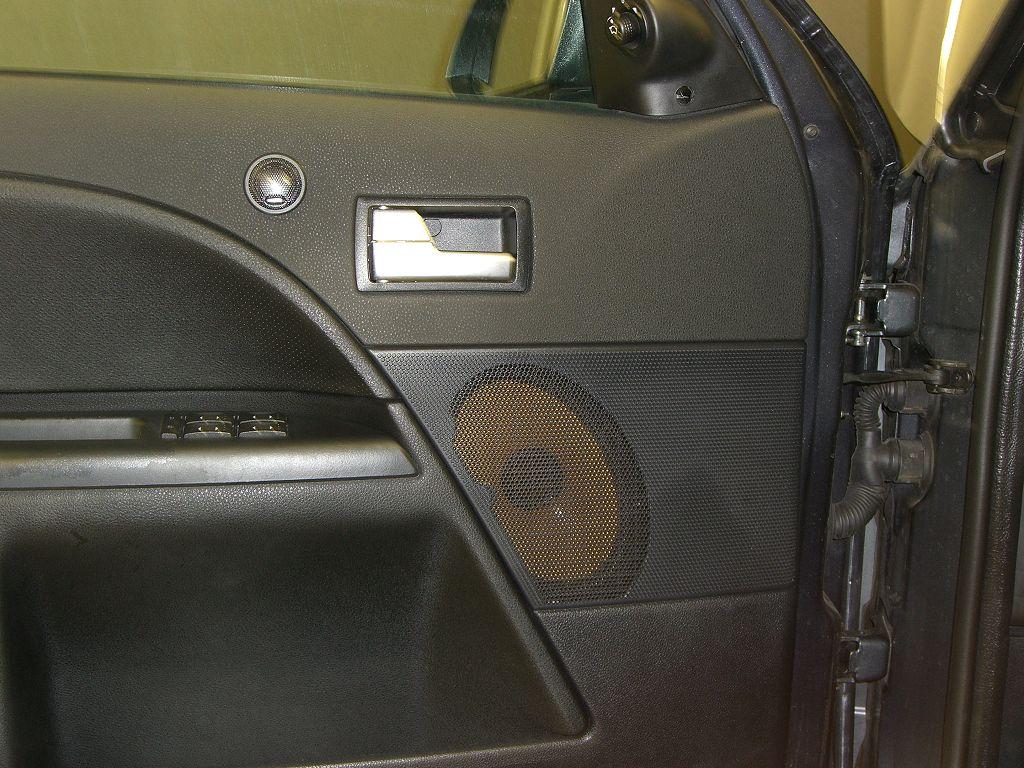 car hifi einbau ford mondeo st car hifi seit 1992. Black Bedroom Furniture Sets. Home Design Ideas