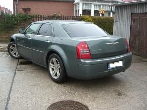 car-hifi-einbau-chrysler-300c-4.JPG