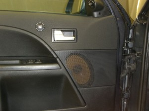 car-hifi-einbau-ford-mondeo-st-2.JPG